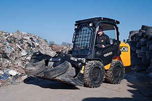 Lift skid loader- JCB I35