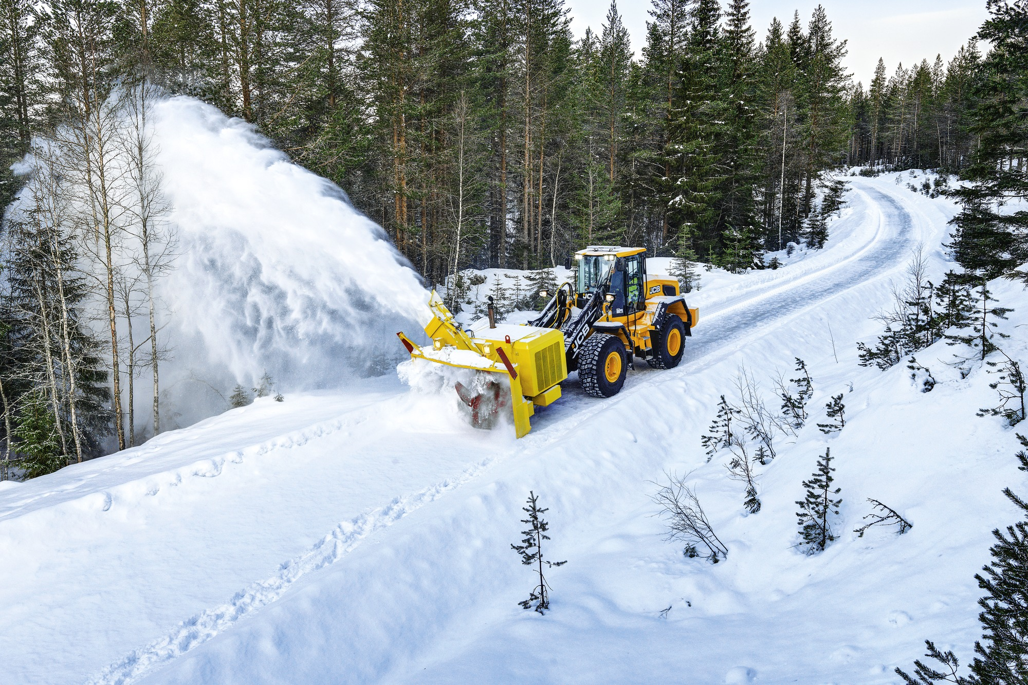 457 wheel loader in snow