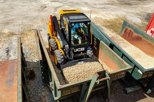 JCB 250 radial lift skid steer loader