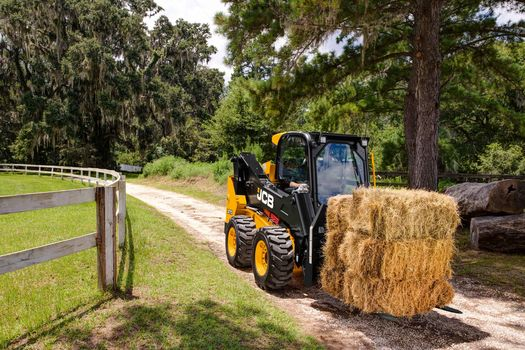 JCB 270 Skid Steer Specs and Features