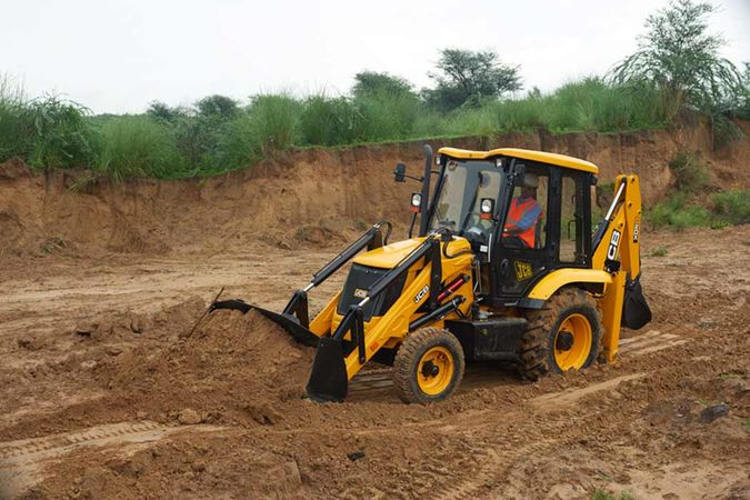 JCB 2DX Backhoe Loaders - JCB India