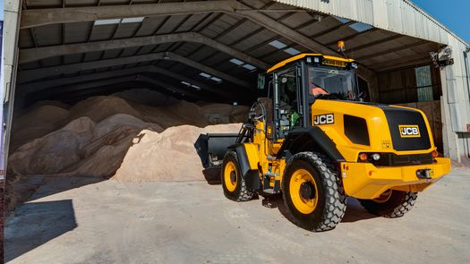 411 Wheel Loader (Web Banner 16:9)