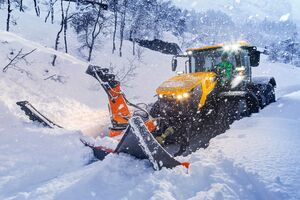 Fastrac 8000 Snow Application Shot