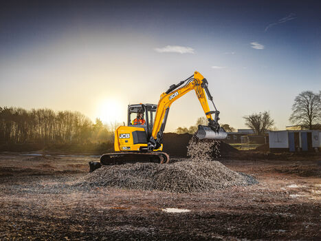 Mini excavator application image of 50Z-2 stage V